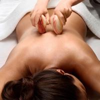 Le massage aux coquillages auto-chauffants